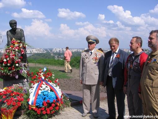 http://www.leonid-bykov.ru/images/forum/leonid-bykov_ru_09-05-10-180.jpg